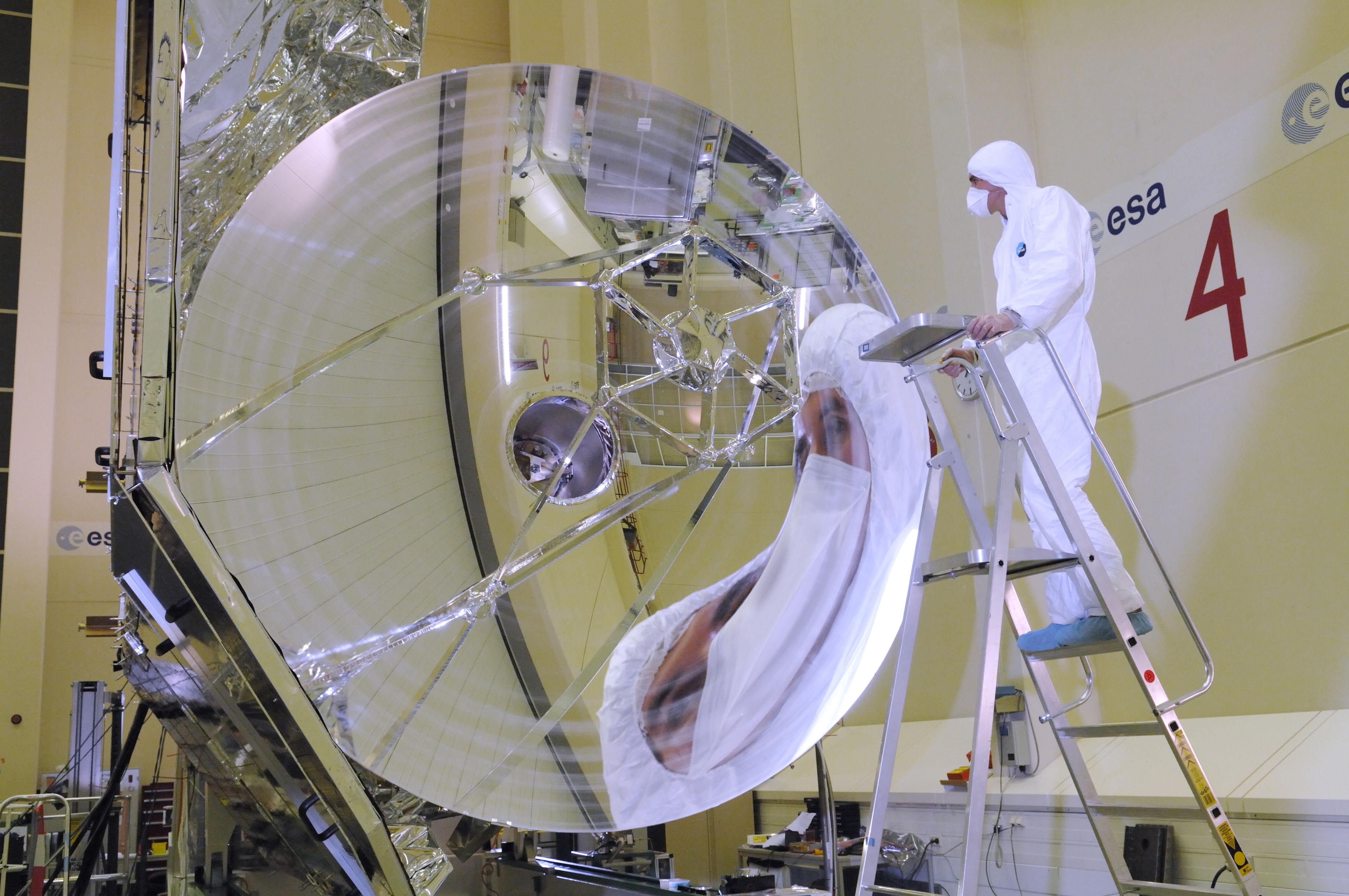 The Herschel telescope.