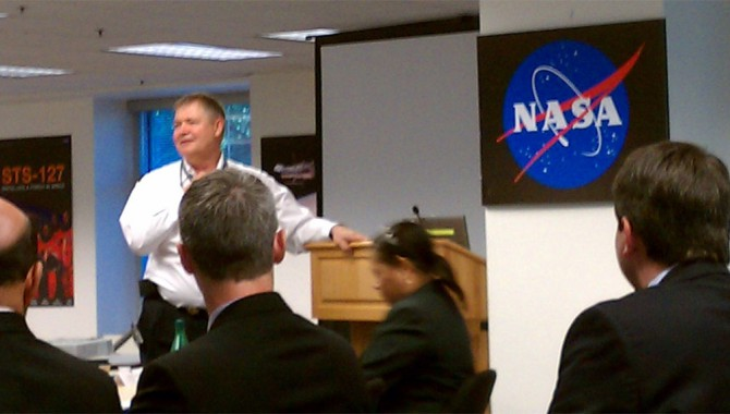 NASA Chief Engineer Mike Ryschkewitsch speaks to the graduates of the 2011 SELDP graduating class at NASA Headquarters on June 15, 2011. Photo Credit: NASA APPEL