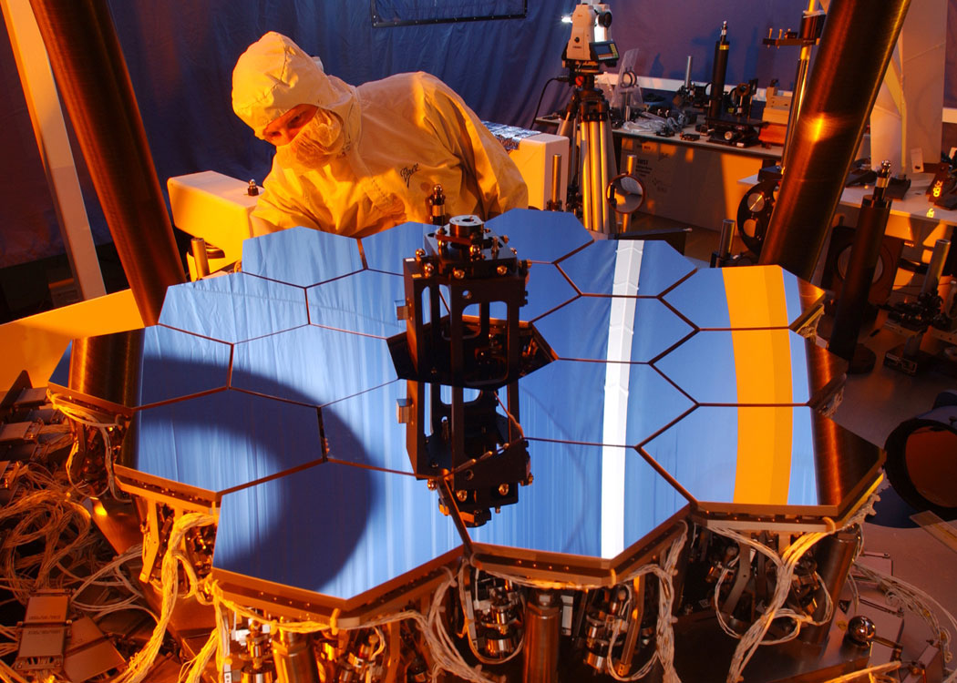 Fully functional, 1/6th scale model of the JWST mirror in optics testbed.