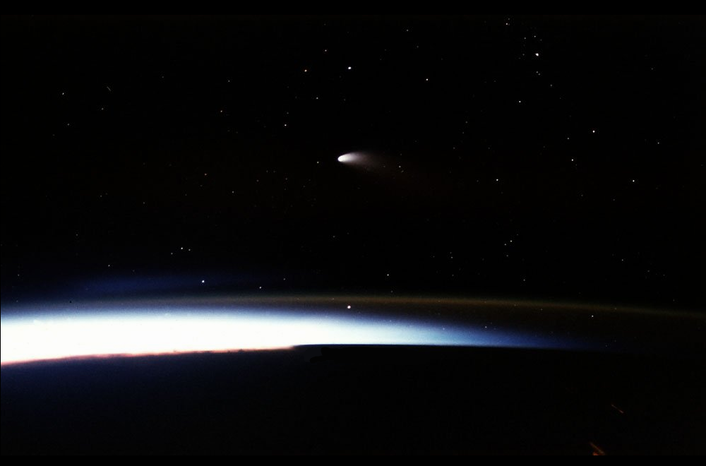 Comet Hale Bopp seen from Space Shuttle Columbia on STS-83. Credit: NASA