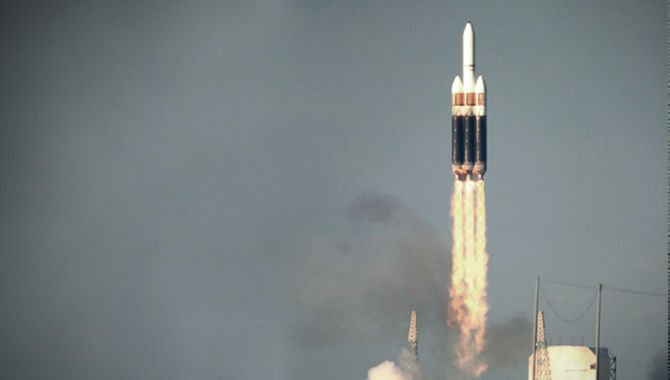 Lift off of a Boeing Delta IV heavy launch vehicle, part of the evolved expendable launch vehicle (EELV) program. Photo Credit: U.S. Air Force photo by Carleton Bailie