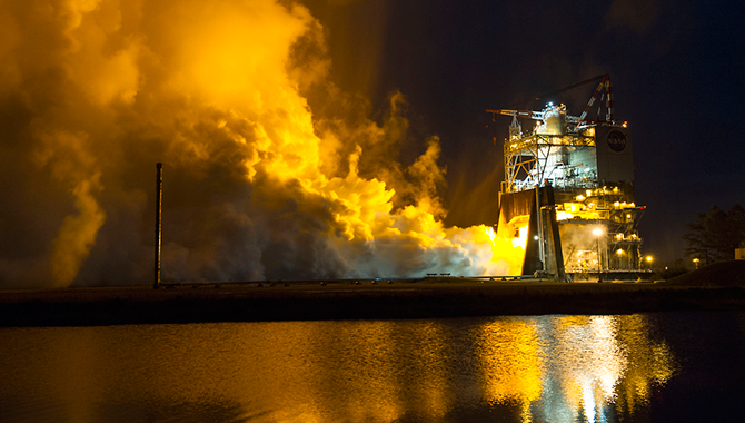 The SLS's RS-25 engine undergoes a 500-second test fire at Stennis Space Center. Photo Credit: NASA