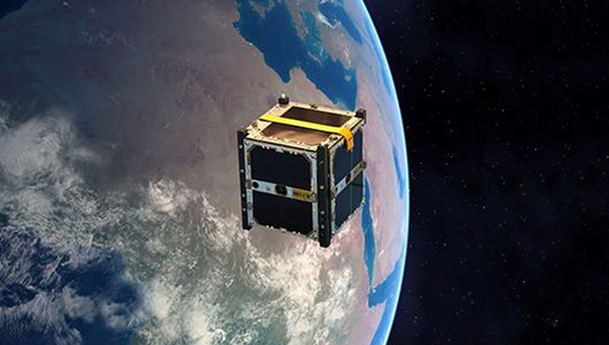 Artist's impression of M-Cubed/COVE-2, a reflight of a University of Michigan cubesat designed to image the Earth at 200m per pixel. It carries JPL's COVE technology validation experiment. Photo Credit: NASA/JPL