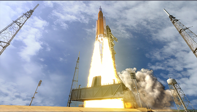 Artist's concept of the Block I version of the Space Launch System lifting off from Kennedy Space Center. Credit: NASA