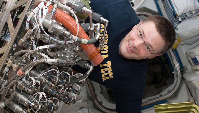 Human Spaceflight Knowledge Sharing: Innovation at NASA