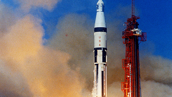 This Month in NASA History: Apollo 7 Returns America's Focus to Landing on the Moon